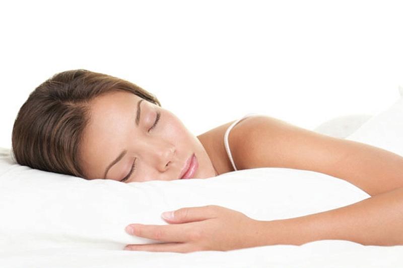 Пять поводов для женщин спать дольше мужчин