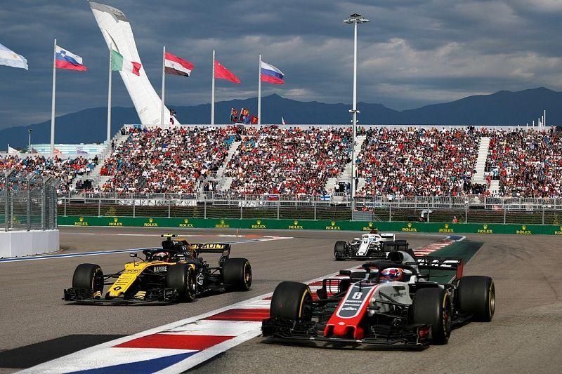 На «Формулу 1» в Сочи пустят 32 тысячи болельщиков