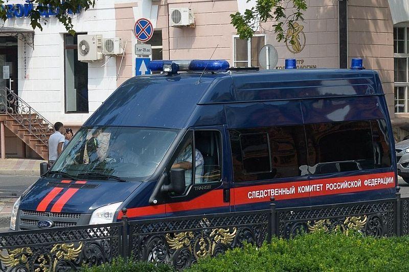Руководителя фармацевтической компании уличили в даче взятки заместителю главврача больницы на 1,7 млн рублей