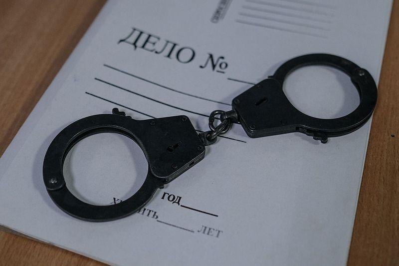 Стюардесса украла часы пассажира рейса Сочи — Москва