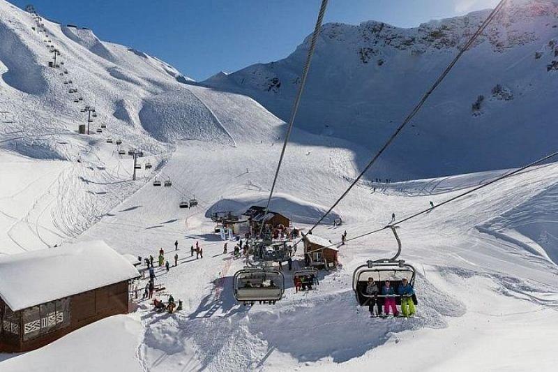 Почти четверть российских туристов провели новогодние праздники на горнолыжных курортах