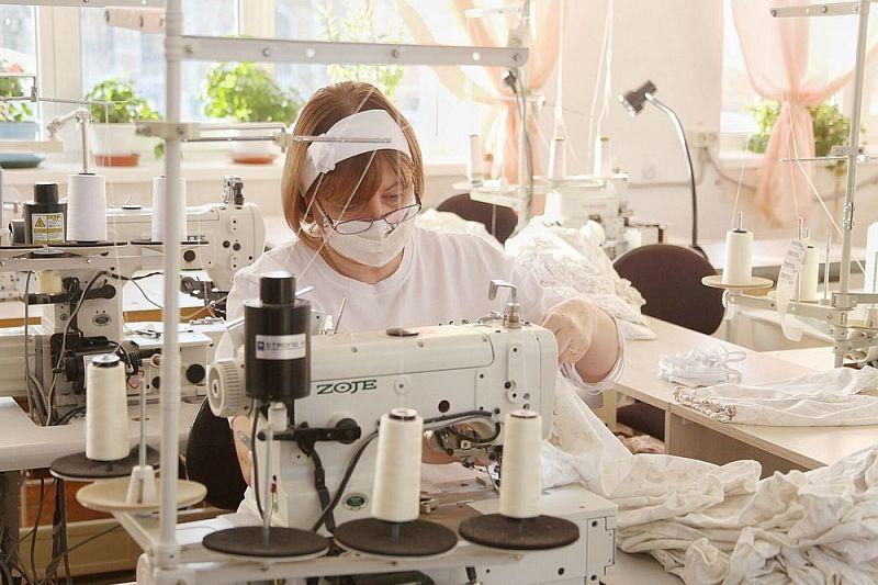 Предприятие по пошиву одежды для новорожденных из Краснодара поставляет продукцию в 35 регионов страны