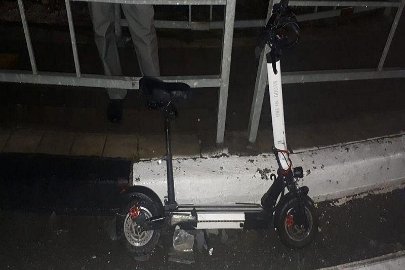 В ДТП с участием автомобиля пострадала девушка на электросамокате