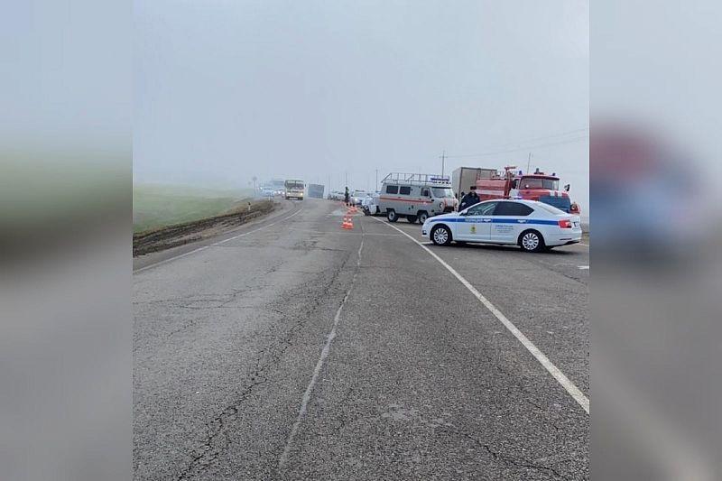 В ГИБДД рассказали подробности ДТП, где 1 человек погиб и 4 пострадали