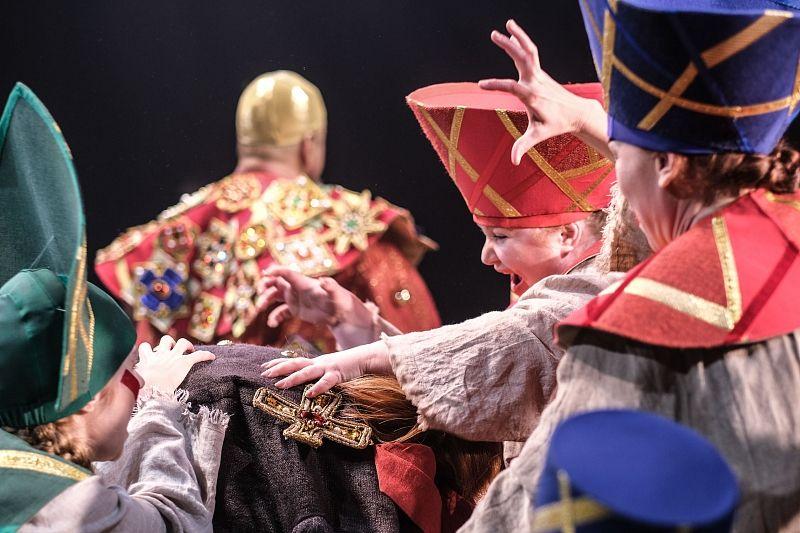 Молодежный театр представит спектакль «Золотой петушок» на детском фестивале в Москве