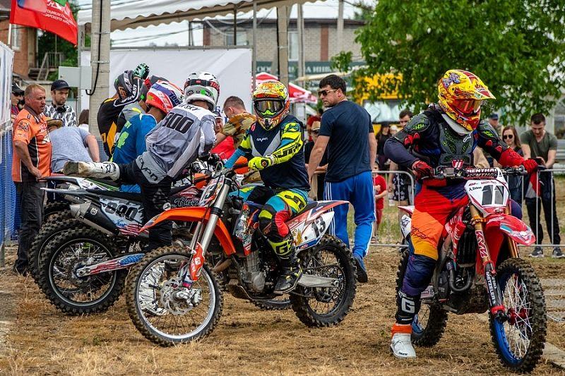 Победителей соревнований по суперкроссу определили в Краснодаре