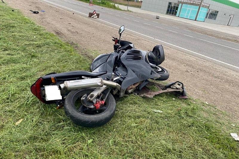 В Красноармейском районе при столкновении с ВАЗом пострадал водитель мотоцикла
